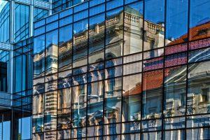 Зеркальная самоклеющаяся на окна пленка - плюсы и минусы