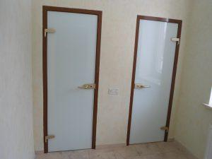 Размер дверей в ванную комнату: стандарты дверных проёмов на разные помещения