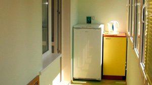 Можно ли холодильник ставить на балконе зимой: специфика холодильников в зависимости от свойств