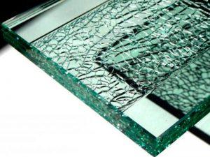 Как разрезать каленое стекло: основы резки для разных помещений