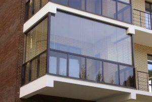 Какова разница между балконом и лоджией: виды балконов и лоджий