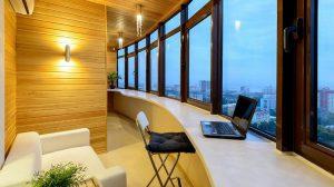 Освещение на балконе: нюансы подвода электричества