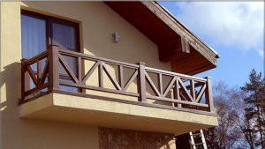Перила на балкон своими руками: возможный дизайн перил и способы выполнения
