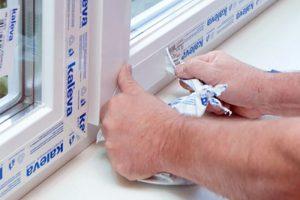 Как очистить старую пленку с пластиковых окон: выбор способа очистки без вреда для окна
