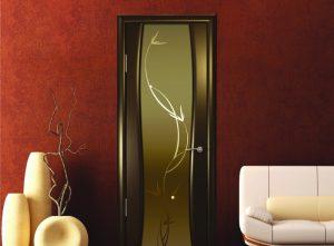 Двери межкомнатные со стеклом триплекс: характеристики прочности