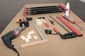 Какие инструменты нужны для установки межкомнатных дверей: перечень используемых устройств