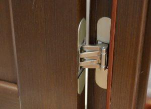 Скрипит входная металлическая дверь, что делать - причины скрипа и способы их устранения