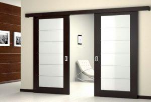 Выдвижные двери межкомнатные: как сделать и установить самому?